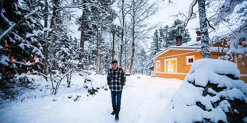 Aapeli vei sähköt 85 tunniksi - Katternö Digital 1 | 2019